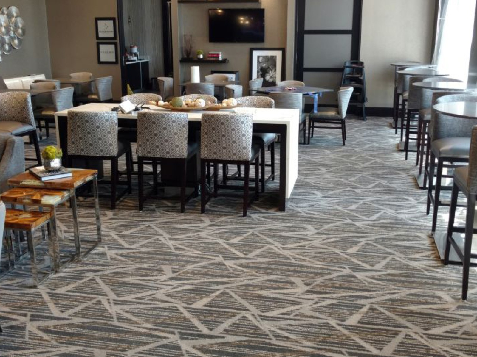 Bridge Water Hampton Inn lobby | Flooring Installation System