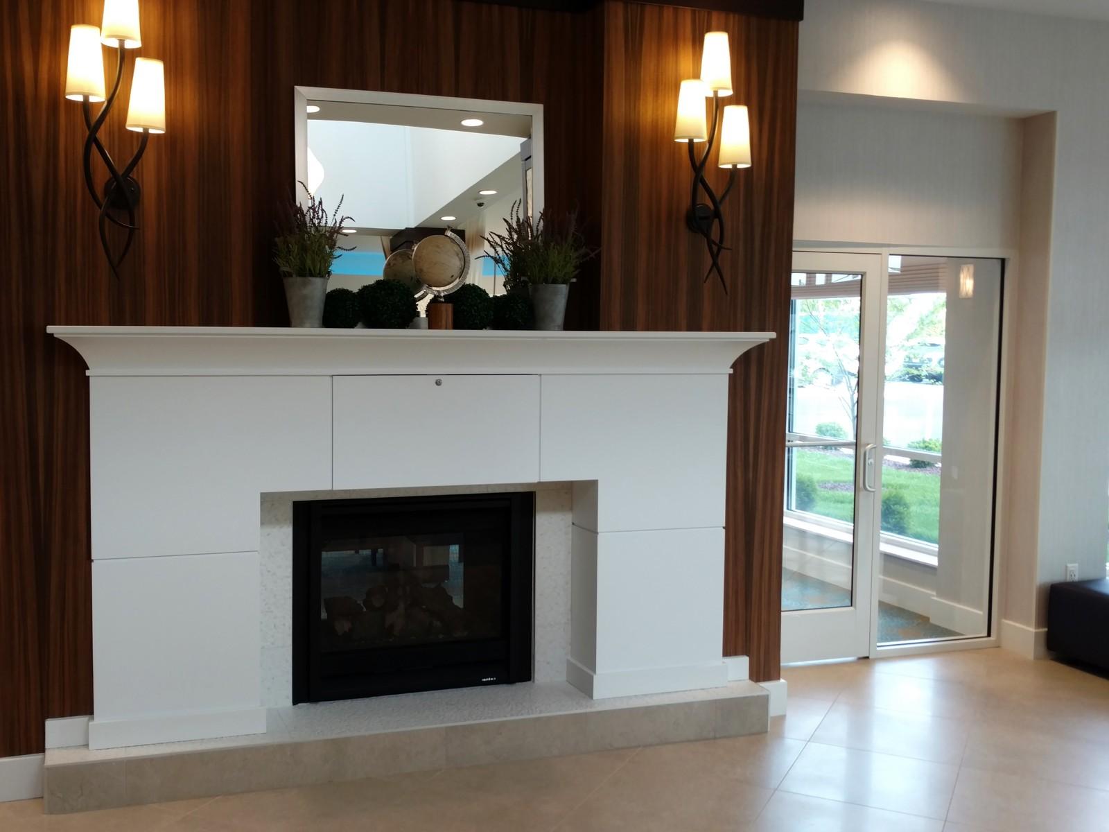 Hilton Garden Inn Springfield Living room | Flooring Installation System