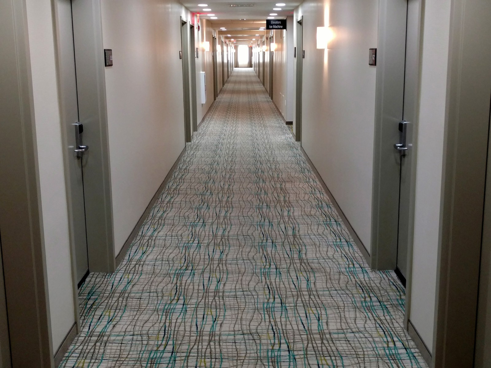 Hampton Inn & Suites | Flooring Installation System
