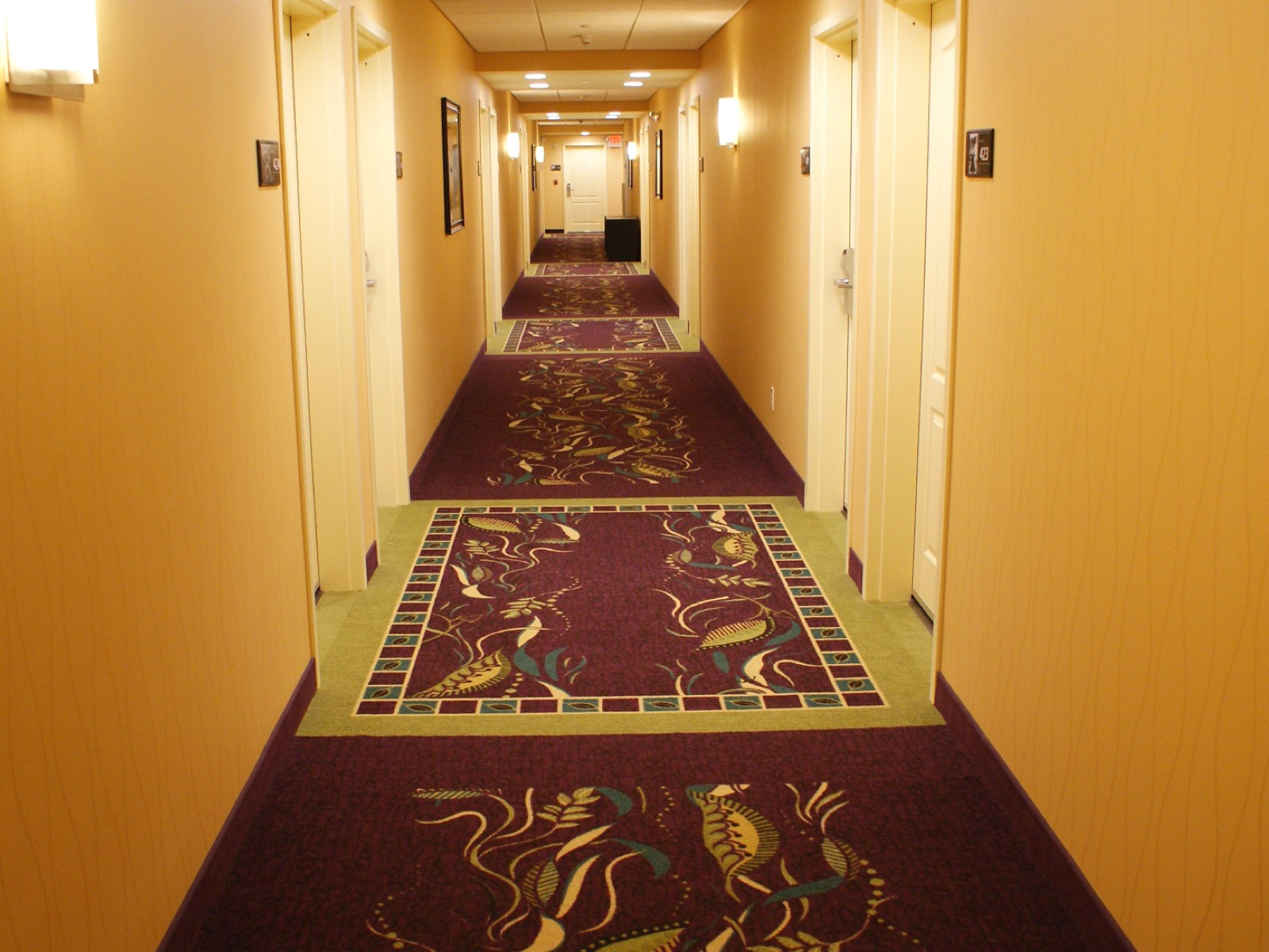 Hampton Inn Yonkers | Flooring Installation System