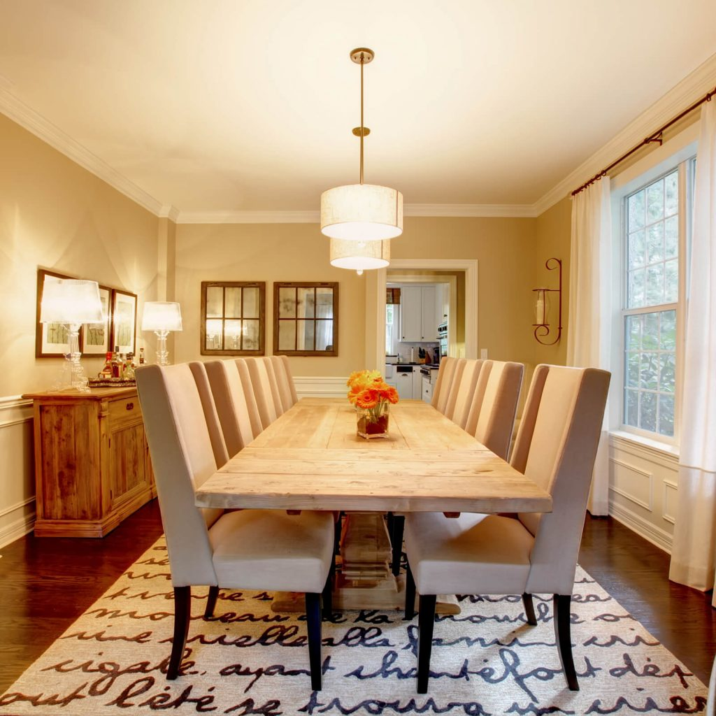 Choosing the Best Rug for Your Dining Room | Flooring Installation System